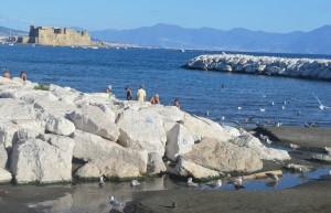 Der kleine Strand an der Promenade mit Blick