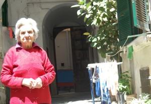 Eine Dame in den spanischen Vierteln